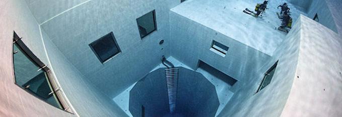 profondissime piscine nemo 33 cole de plong e. Black Bedroom Furniture Sets. Home Design Ideas