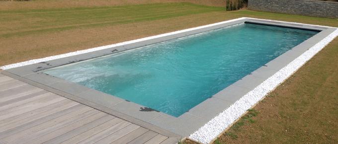 Installation d 39 une piscine monocoque lpw en c te d 39 opale for Piscine 59